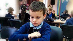Юный шахматист из Кронштадта стал победителем Всероссийского турнира