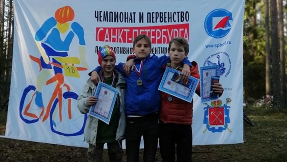 Сестрорецкие спортсмены собрали награды в дисциплине велокросс-классика