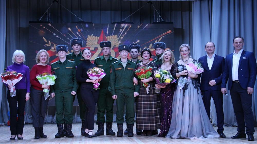 Концерт «Мужество, Доблесть и Честь» прошел в поселке Песочный