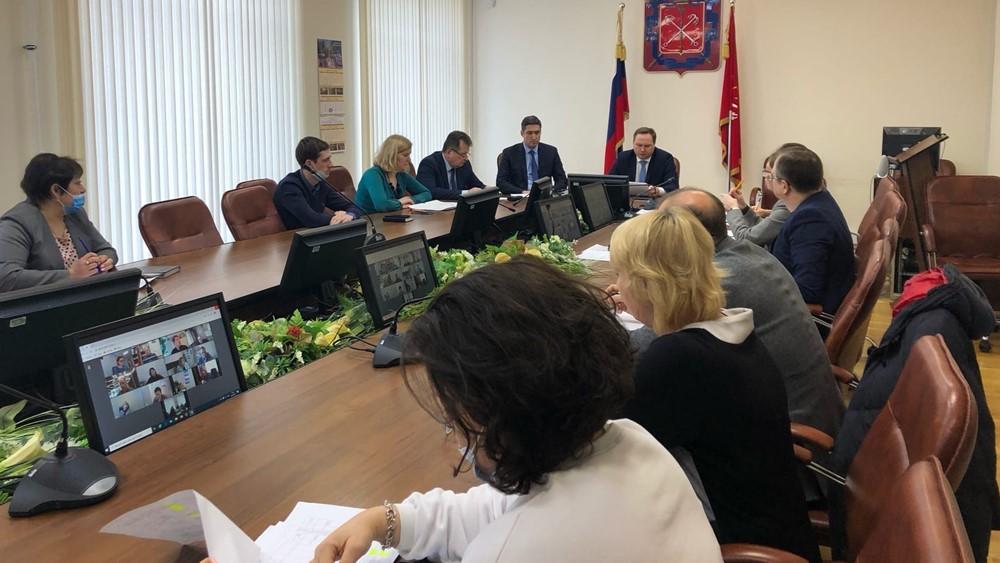 На заседании районного штаба по благоустройству обсудили уборку снега и наледи