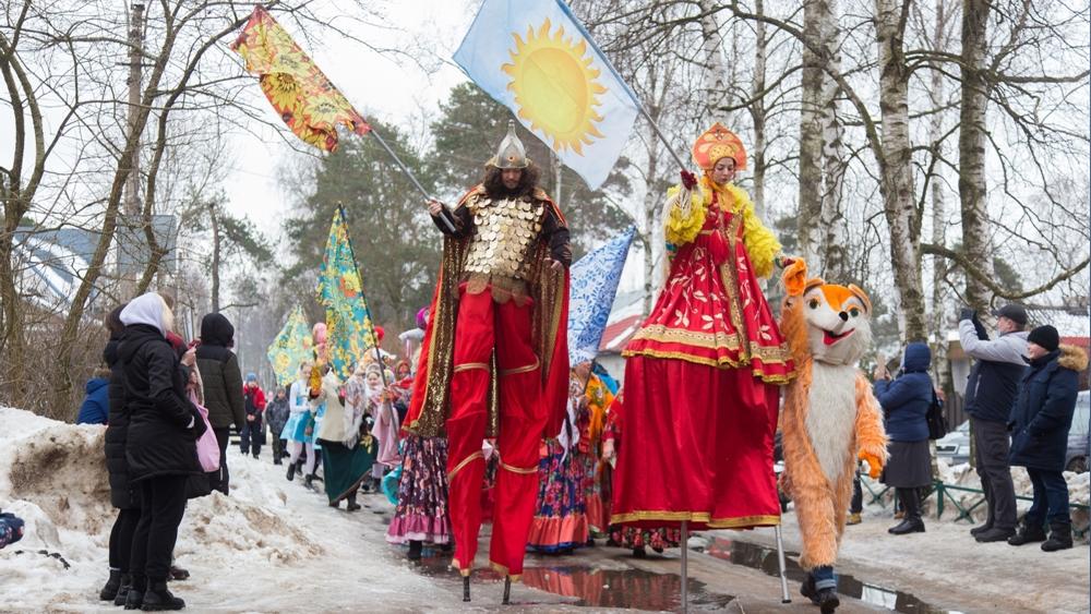Широкую Масленицу праздновали в поселке Песочный