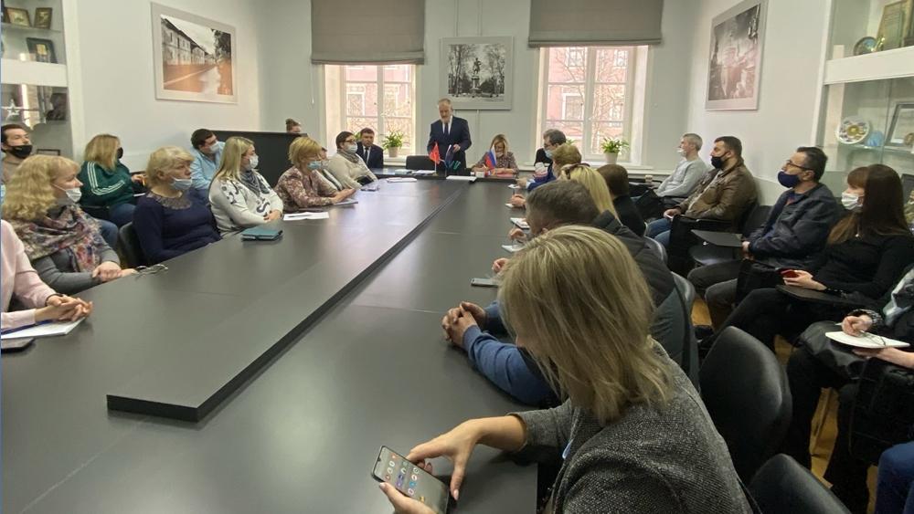 В районной администрации прошла встреча с предпринимателями Кронштадта