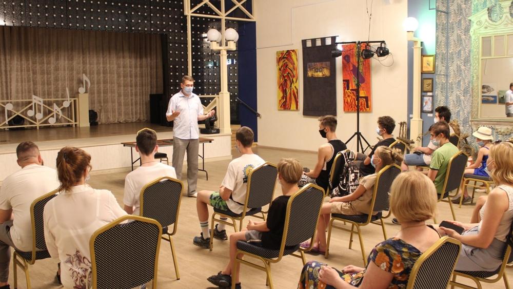 В Зеленогорске молодежь выбирает профессию