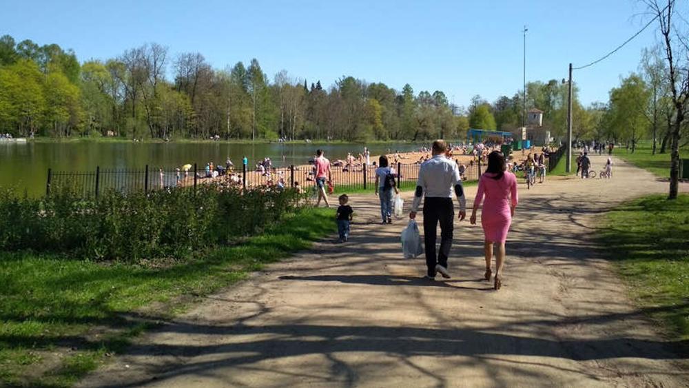 Роспотребнадзор не рекомендовал купаться в водоемах Санкт-Петербурга