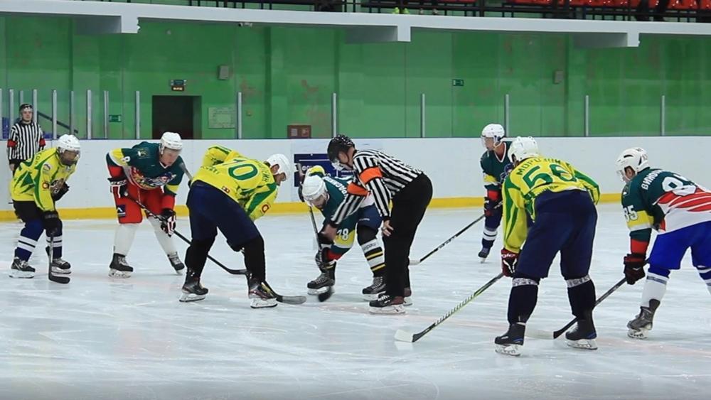 В Сестрорецке завершился чемпионат по хоккею с шайбой