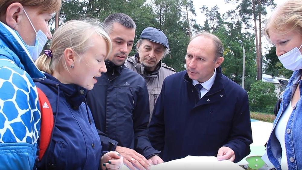 В поселке Песочный начинаются работы по проведению канализационных сетей