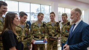 В Кронштадте наградили школьников — призеров военно-патриотической игры